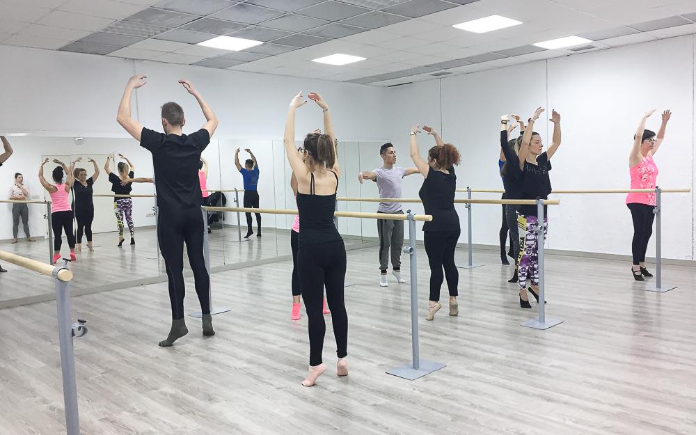 Academia Sandra D. Vega - Ballet adultos